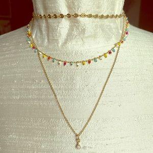 Jewelry - Multi strand gold tone necklace